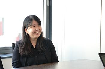 資格とキャリアのスクールnoa梅田校 Yさん インタビューの様子
